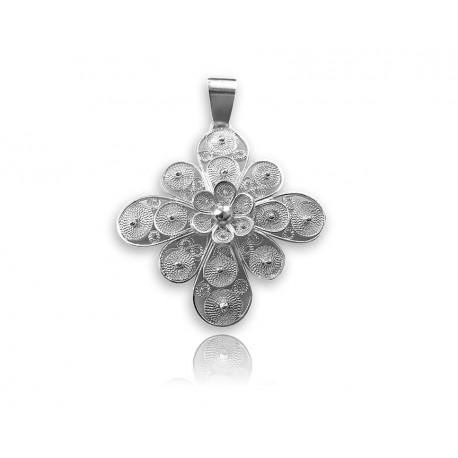 Croce stilizzata in argento lavorata a mano