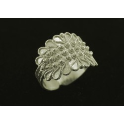 Sardinian rodium white gold ring, filigree -3 leaf